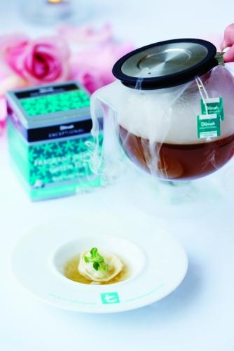 JASMINE GREEN TEA CHICKEN DUMPLING IN CONSOMMÉ CHICKEN, MUSHROOM AND SPRING ONION WONTON