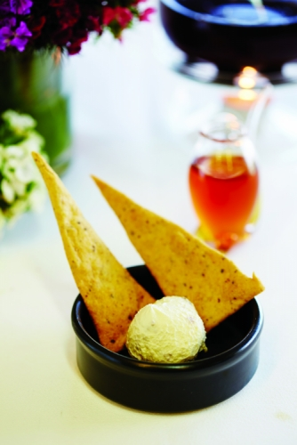 HONEY LAVENDER LUBNE SERVED WITH QUINOA MOUNTAIN BREAD