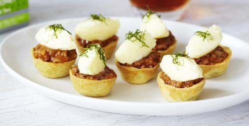 Mini Lamb Pies with Arabian Mint and Honey Tea