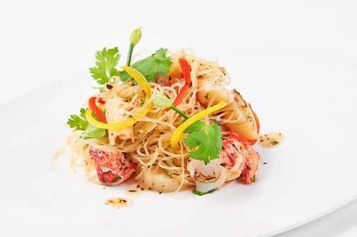 Dilmah Peach Tea Seafood Glass Noodle Salad
