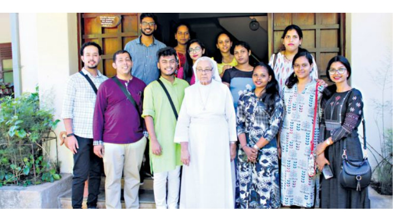 DBC students visit Sri Lanka