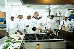 The Chefs and the Teamaker - ...