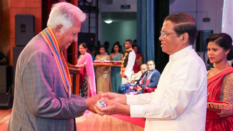 "Dilmah Founder, Merrill J. Fernando was bestowed with the ""Deshamanaya"" title at the recent National..."