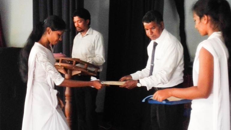 Dhiriya Awards – Building the base for a better life.