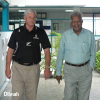 Sir Richard Hadlee shares cricketing tips with...