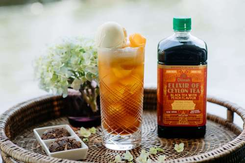 Black tea with Peach Ice Cream Soda