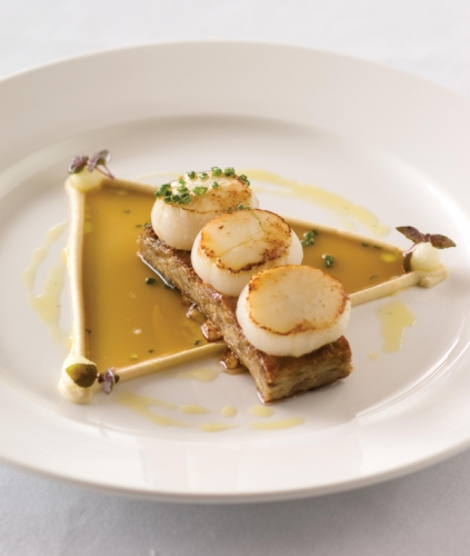 Cardamom and Green Tea Seeped Scallops, Szechuan Pepper and Orange Pressed Duck, Fennel Puree