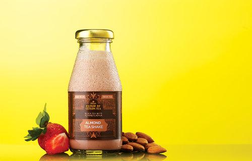 Black Tea Almond - Tea Shake