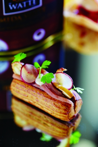 CHESTNUT DUCK ECLAIR