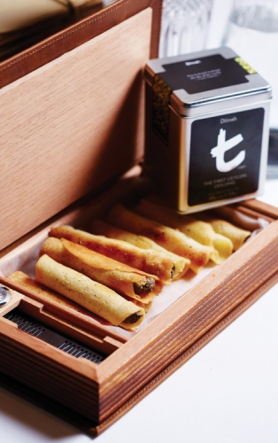 THIS IS THE FINEST HOUR OOLONG CIGARS WITH MUSHROOM DUXELLES