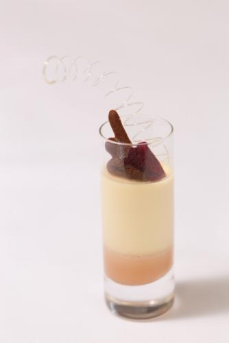 Vanilla panna cotta with rose and vanilla tea curd