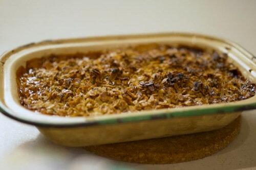 Spiced Chai Apple and Rhubarb Crumble with Dilmah Earl Grey Custard Tea range: Dilmah Premium Ceylon Tea Selection